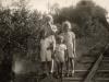Kinder auf den Gleisen der Dachsbergbahn (Quelle: Westphal)